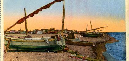 Bateaux de pêche sur la plage