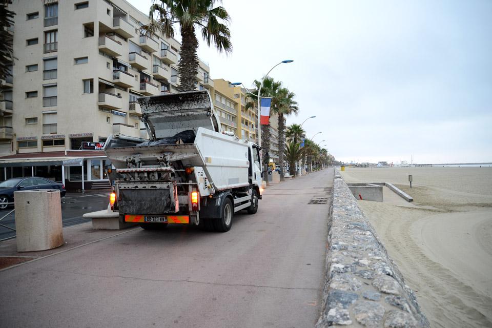 Camion déchets ménargers
