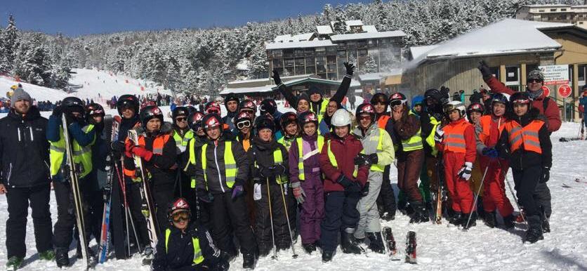 Ados ski